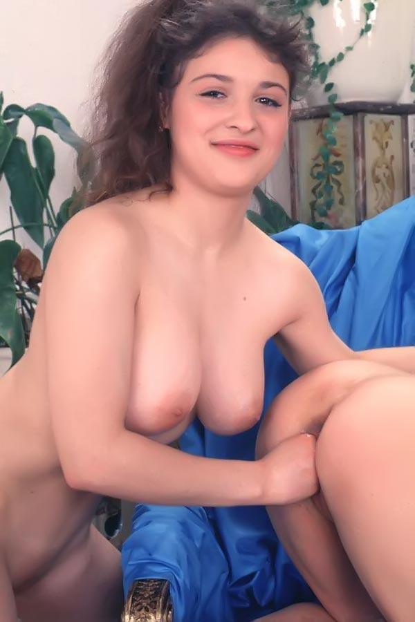 Порно видео рафаэлла андерсон